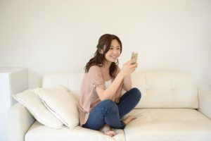 スマホ(スマートフォン)1台で主婦が在宅ワークで稼ぐ方法は、本当にあるのか?